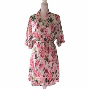 Show Me Your MUMU Sz O/S One Sz Floral Short Robe
